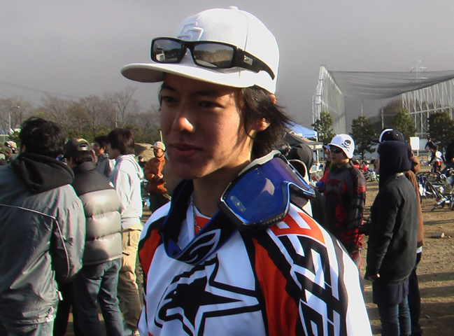 2006JOSF緑山関東オープンレースVOL4 緑山に集った人とBIKE_b0065730_2202823.jpg