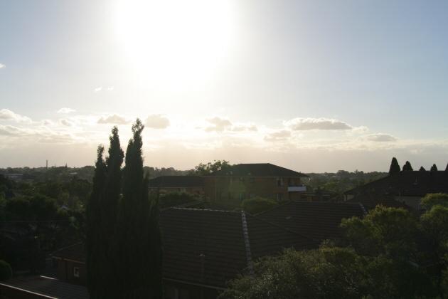 曇りのち晴れ間_f0084337_1894624.jpg