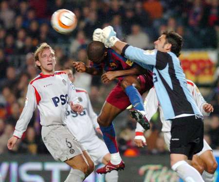21 March 2006  vs Getafe - Eto\'o 22ゴール目_e0039513_0401385.jpg