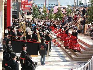 綾瀬タウヒルズ・開店一周年記念イベント_c0051920_2354223.jpg
