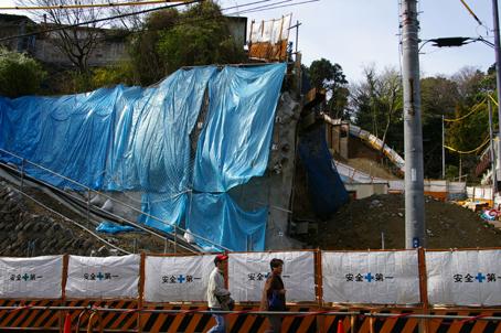 鎌倉市議会、石渡徳一市長の問責決議を再び可決!_c0014967_12302190.jpg