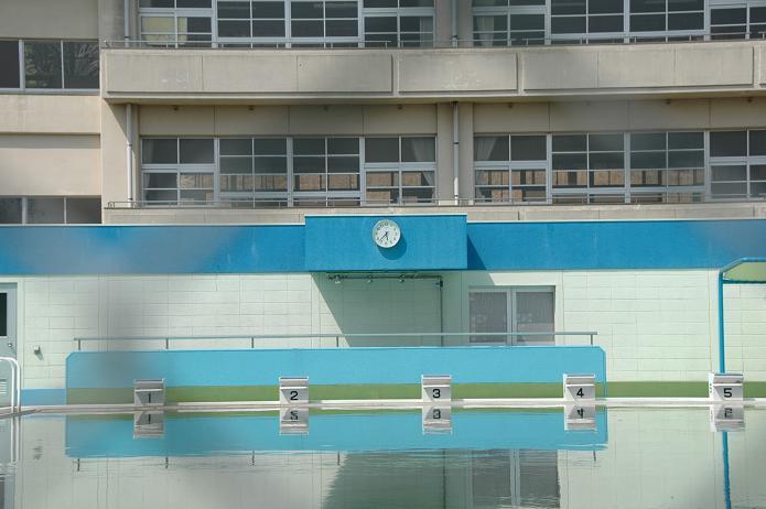 国分小学校_a0042310_20251376.jpg
