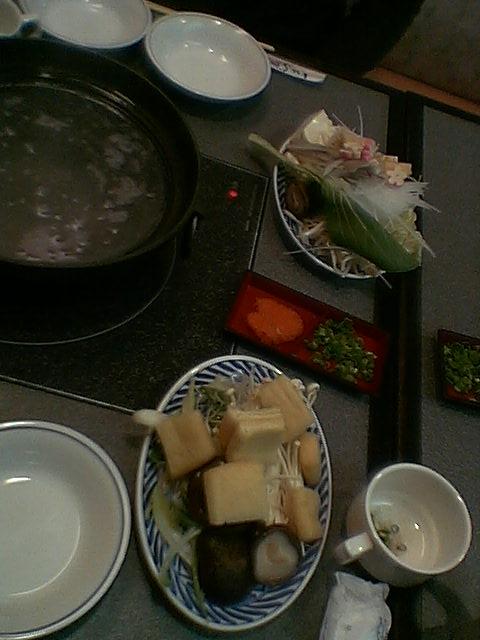 ■納得。野菜食べ放題の「しゃぶ屋」。ここ、新神戸、DAIEI、オーパ。おお、おーぱ。_c0061686_2264365.jpg