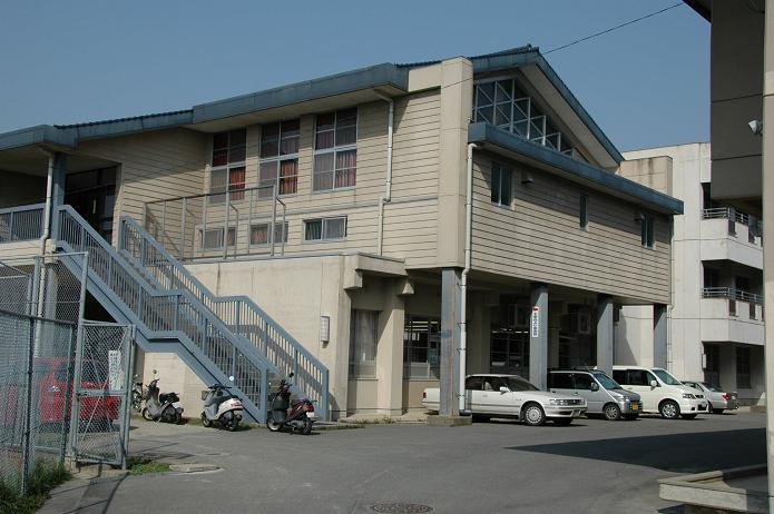太宰府中学校_a0042310_8241944.jpg