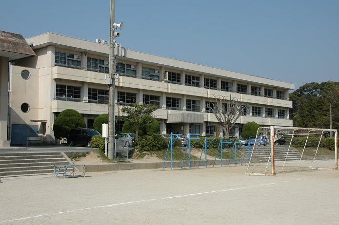 太宰府中学校_a0042310_8253259.jpg