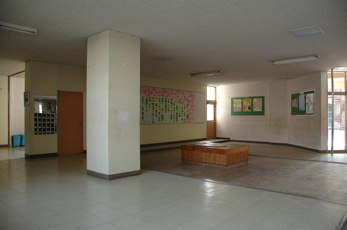 太宰府中学校_a0042310_828223.jpg