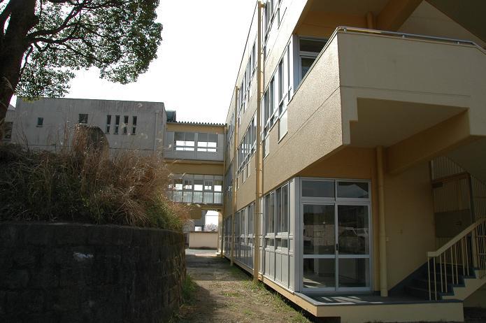 太宰府中学校_a0042310_8291116.jpg