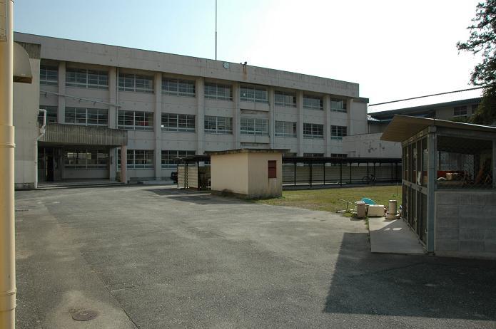 太宰府中学校_a0042310_8295232.jpg