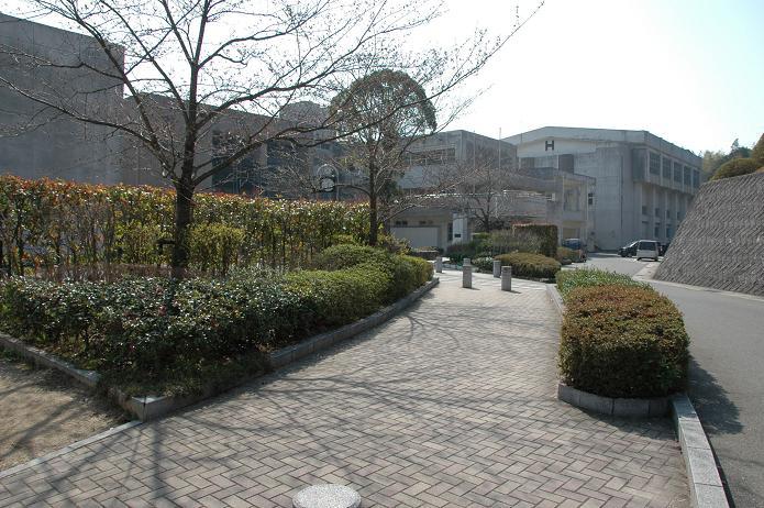 太宰府東中学校_a0042310_8363061.jpg