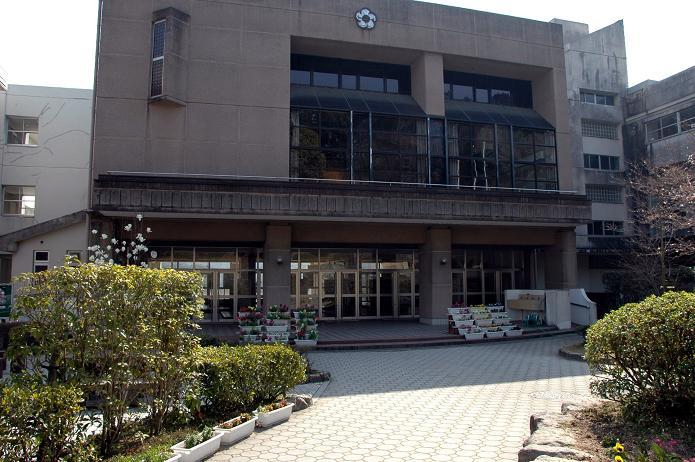 太宰府東中学校_a0042310_837525.jpg