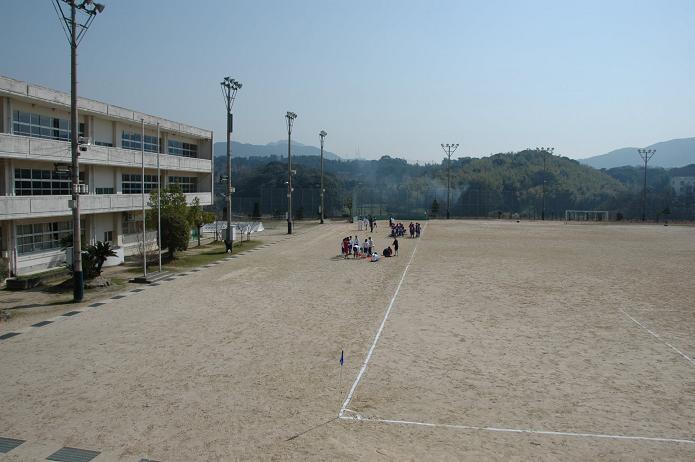 太宰府東中学校_a0042310_8391179.jpg