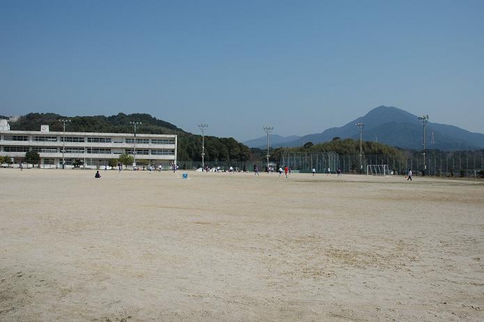 太宰府東中学校_a0042310_8404471.jpg