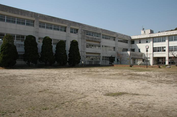 太宰府東中学校_a0042310_8442245.jpg