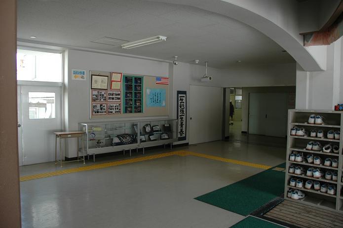 学業院中学校 (太宰府市)_a0042310_8512326.jpg