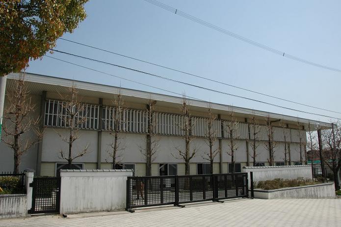 学業院中学校 (太宰府市)_a0042310_8562436.jpg