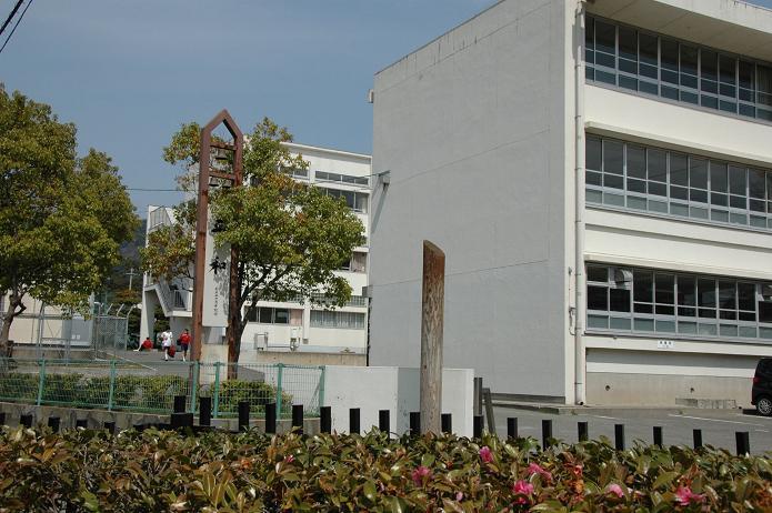 学業院中学校 (太宰府市)_a0042310_8563965.jpg