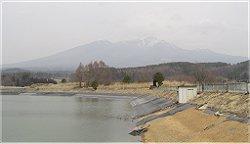 八ケ岳八十八景シリーズその1 越中久保の逆さ八つ_f0019247_22174974.jpg