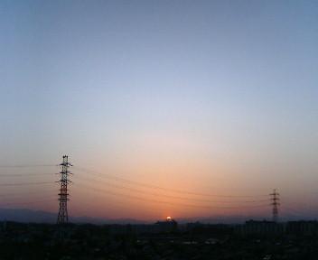 きょうの日没_b0032617_17595017.jpg