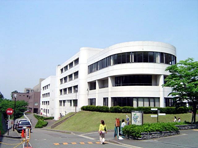 筑紫女学園大学・短期大学_a0042310_2034799.jpg