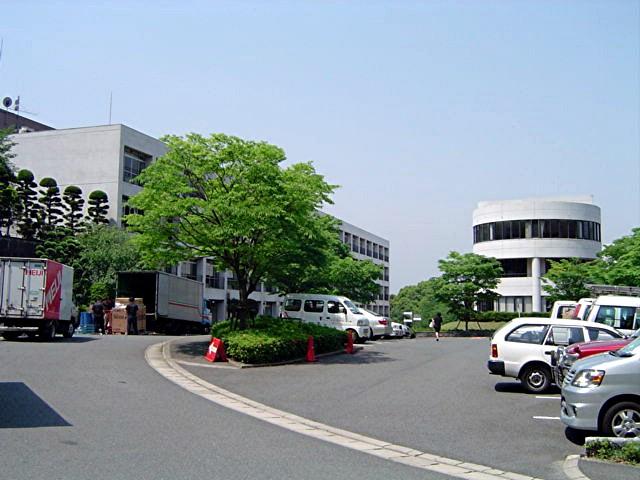 筑紫女学園大学・短期大学_a0042310_2053330.jpg