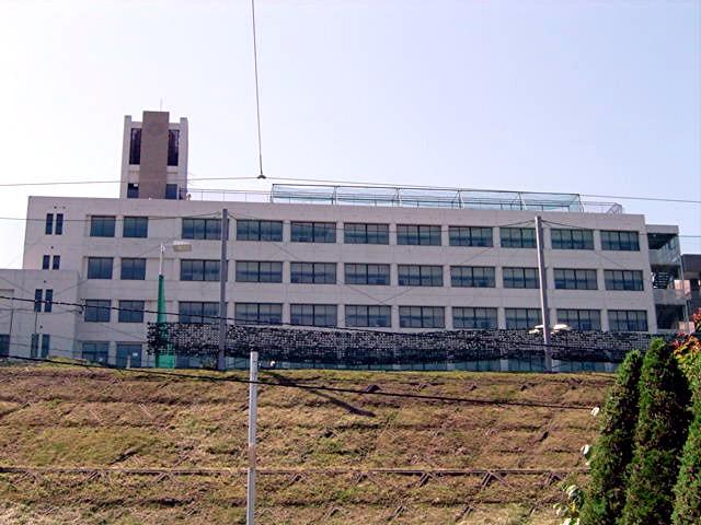 筑紫女学園大学・短期大学_a0042310_2063519.jpg