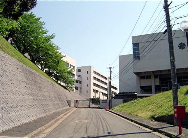 筑紫女学園大学・短期大学_a0042310_206499.jpg