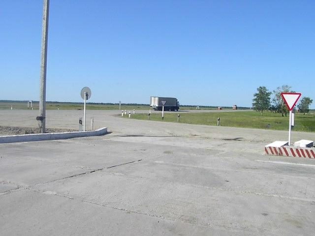 ユーラシア大陸横断 シベリア横断 (24)  クイビシェフ から オムスクへ _c0011649_857565.jpg