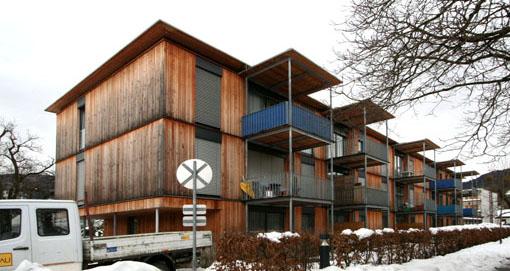 オーストリア研修15:カフマン設計の木造多層階集合住宅_e0054299_23312862.jpg