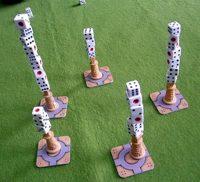 5つの塔が高々と