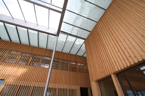 オーストリア研修19:カフマン設計のLudesch ルーデッシュの市役所2:外観2_e0054299_1054363.jpg