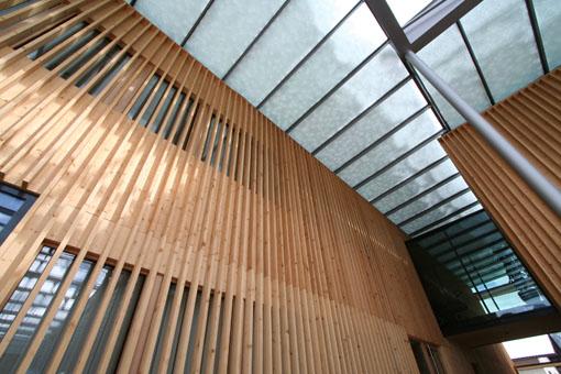 オーストリア研修19:カフマン設計のLudesch ルーデッシュの市役所2:外観2_e0054299_106505.jpg