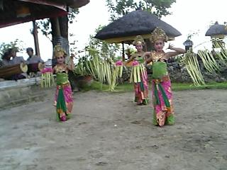 伝統舞踊_d0025559_14485371.jpg