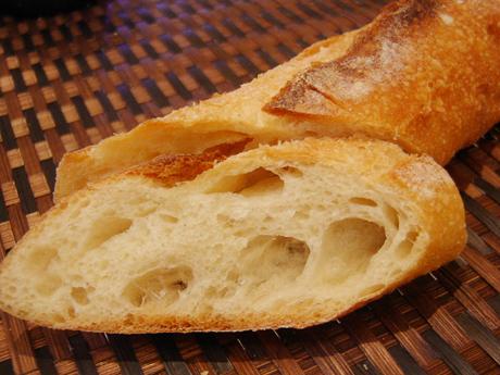 パリの街角で宝探し パン編 2005/10/1_b0032077_1236938.jpg