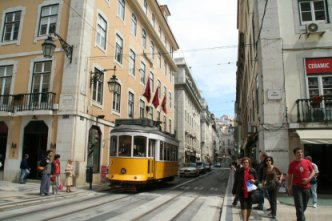 リスボンへ_f0090286_3184061.jpg