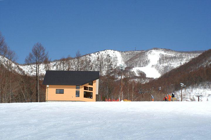スキー場は終わったけれど_d0012134_23515128.jpg