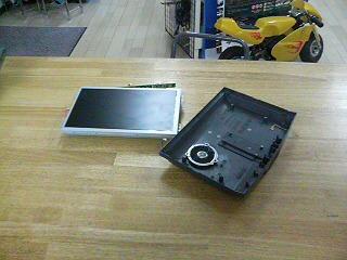 8型テレビモニター_a0055981_22461776.jpg