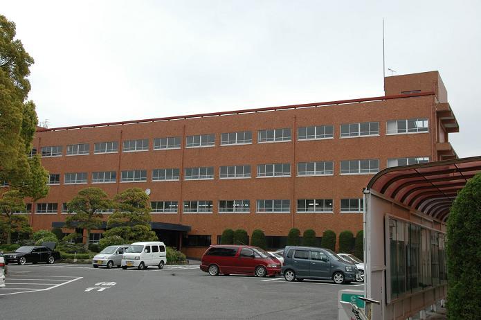 日本経済大学・保育短大・福祉大学_a0042310_19563197.jpg