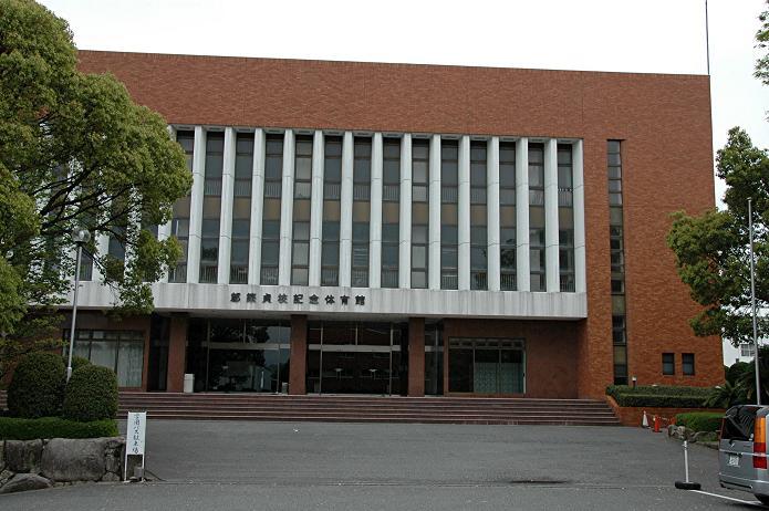 日本経済大学・保育短大・福祉大学_a0042310_19565222.jpg