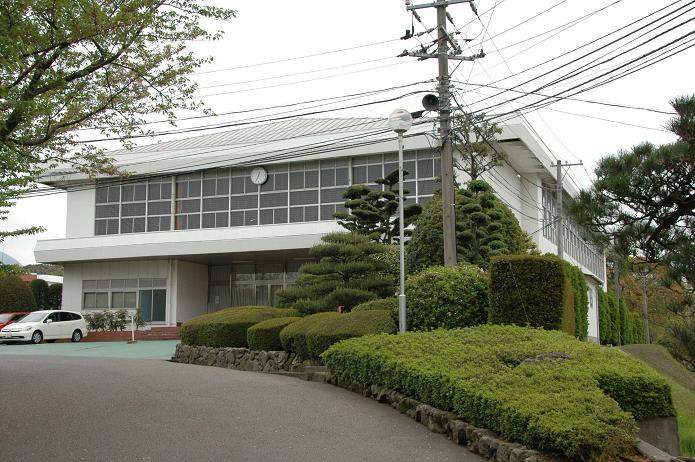 日本経済大学・保育短大・福祉大学_a0042310_2012692.jpg