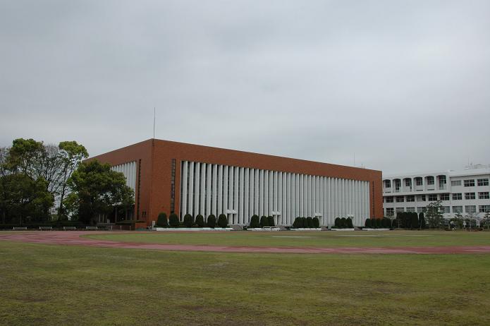 日本経済大学・保育短大・福祉大学_a0042310_20131256.jpg