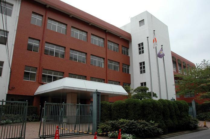 日本経済大学・保育短大・福祉大学_a0042310_2022140.jpg