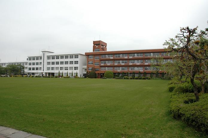 日本経済大学・保育短大・福祉大学_a0042310_2072535.jpg