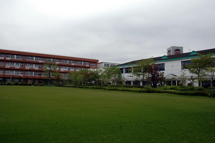 日本経済大学・保育短大・福祉大学_a0042310_2081458.jpg