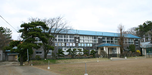 浅内小学校旧校舎_e0054299_9281691.jpg