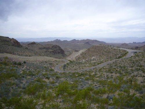 Day 10 (中編)オートマンからモハビー砂漠へ_f0088456_036257.jpg