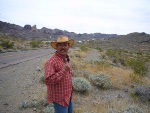 Day 10 (中編)オートマンからモハビー砂漠へ_f0088456_0371959.jpg