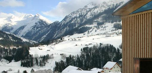 オーストリア研修26:Blons村役場_e0054299_9355572.jpg