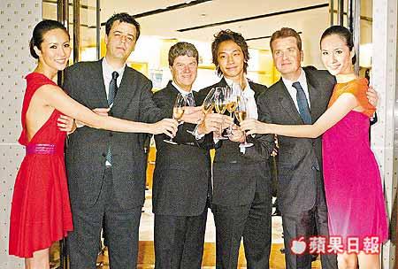 台湾 ヴィトン_c0047605_16492779.jpg