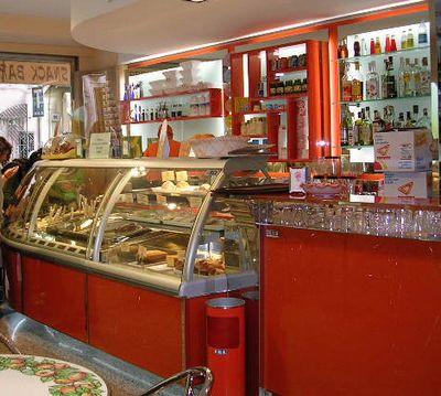 イタリア旅⑥⑦4月10,11日、タオルミーナ、チェファル観光_f0060461_18455867.jpg