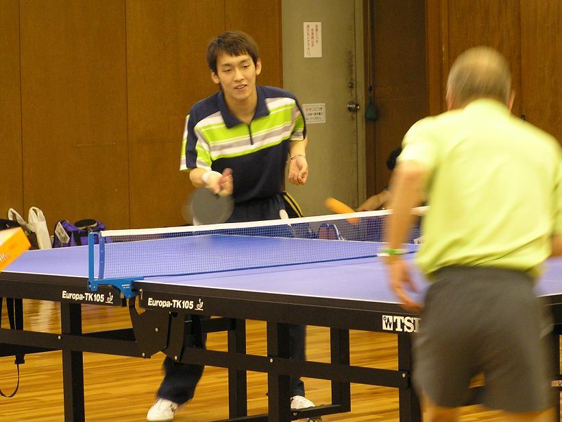 卓球講習会が開催されました。 4/30_e0048692_21592054.jpg